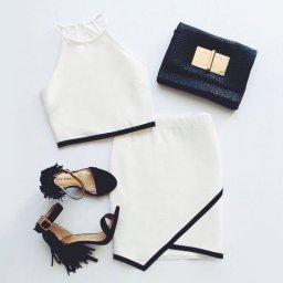 Кроп-топ и юбка